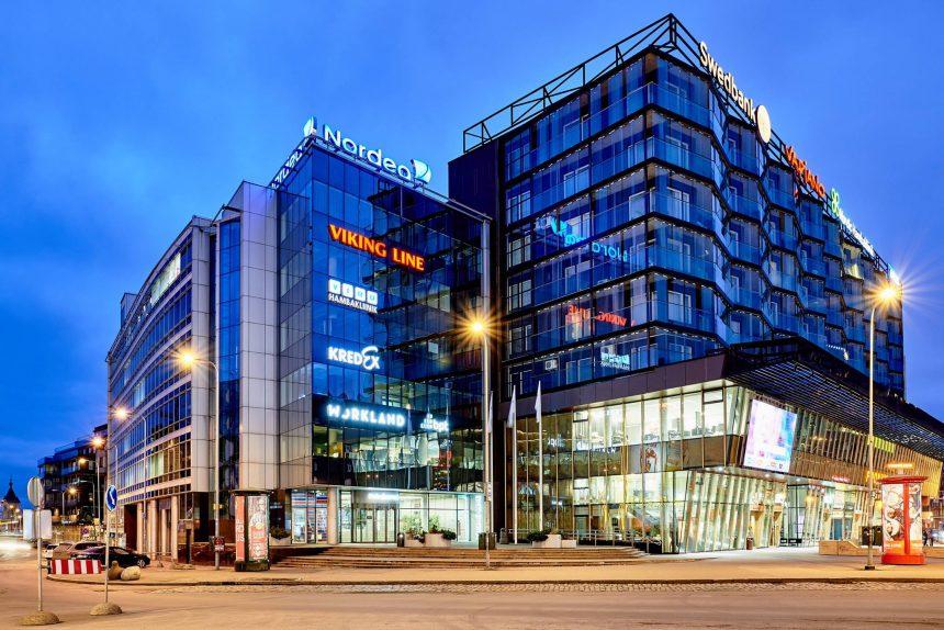 Hobujaama 4, Tallinna